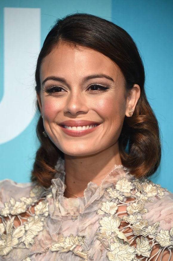 Babes of The CW 2014-15 TV Season list