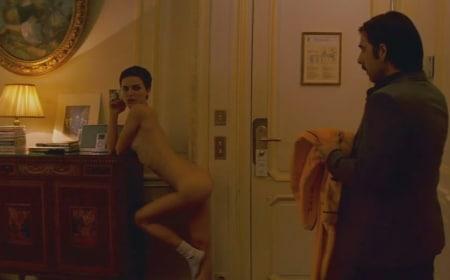 female submissive bdsm bathroom use control