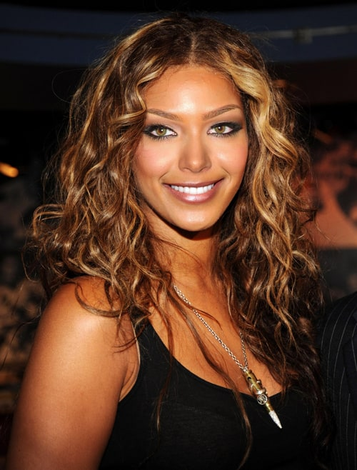 beyoncé knowles Lyrics to listen song by beyonce knowles: listen to the song here in my heart a melody i start but can't complete listen to the sound from de.