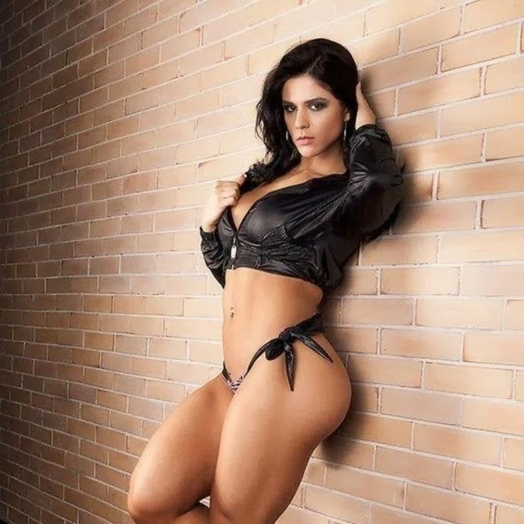 Brazilian fitness model naked striptease on p 2