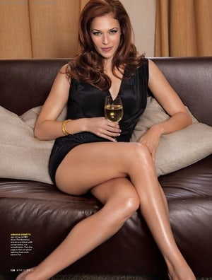 Sexiest Images Of Women With Crossed Legs Load More Items 175 More In This List