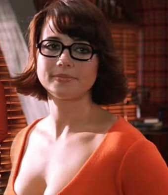 Sexy linda cardellini Linda Cardellini