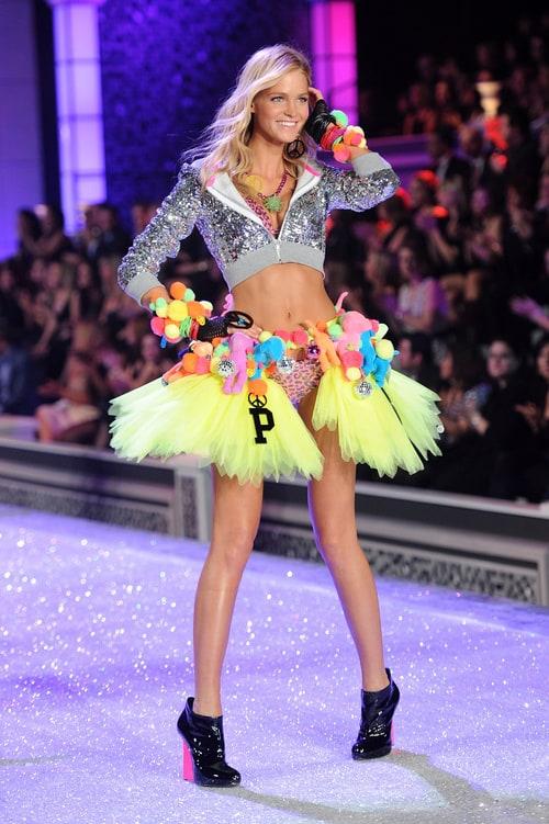 ba370d5b9f6 Victoria s Secret Fashion Show 2011     list