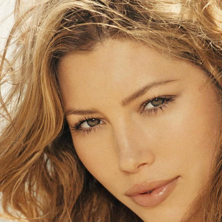 Best looking Women Celebrities list