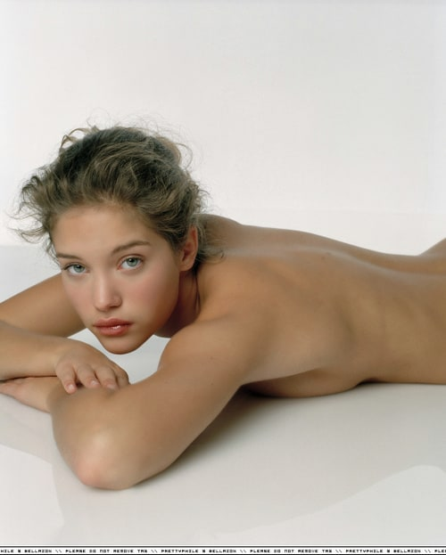 Amanda peet sexy