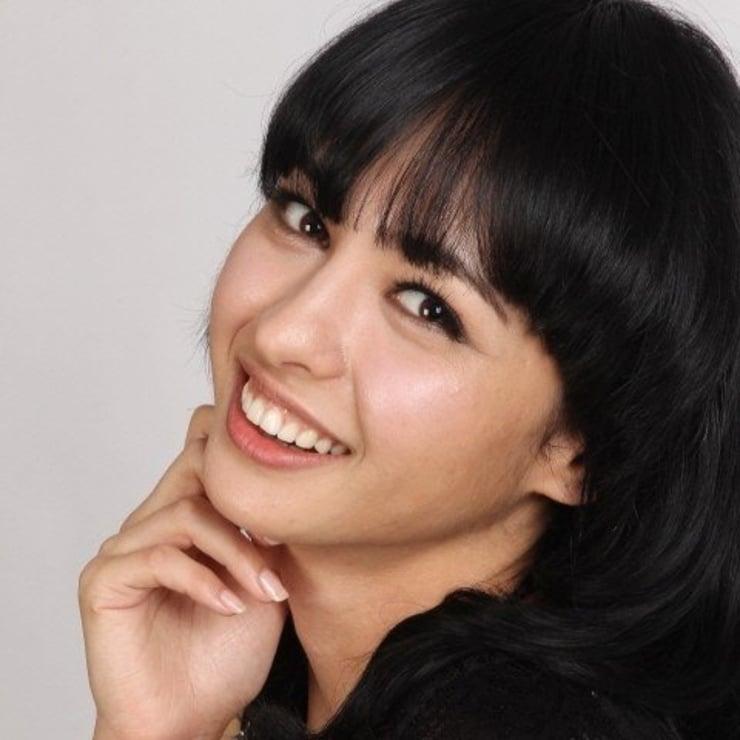узбекские актрисы список с фото сожалению, далеко
