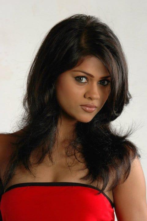 Amusing srilankan nekad women special case